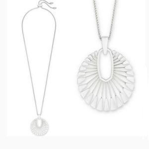 Kendra Scott ■Deanne Pendant Necklace